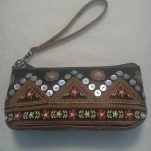 Isabella Fiore wristlet leather & embroidery boho